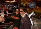 Shocking: Ranveer outdoes Big B to be first choice of producers