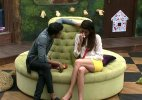 Bigg Boss 8 Halla Bol Day 12: Karishma ready to take relationship with Upen to the next level!