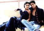 Shah Rukh Khan, Kajol recreate 'DDLJ' scene on 'Dilwale' set