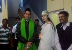 Katrina Kaif offers prayers at Ajmer dargah for Fitoor