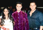 Salman Khan to perform dance number in Arpita's husband Aayush Sharma's debut movie