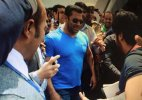 Salman confirms his presence at Dubai award show, despite pending court order