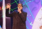 Big B sings Indian National Anthem for R-Day
