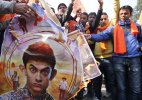 Bajrang Dal continues protest against 'PK' in Delhi
