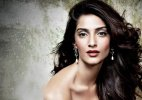 Sonam Kapoor turns 30: Bollywood wishes the fashionista on Twitter