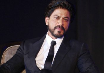 """Shah Rukh Khan withdraws his stand, says """"I never said India is intolerant"""""""