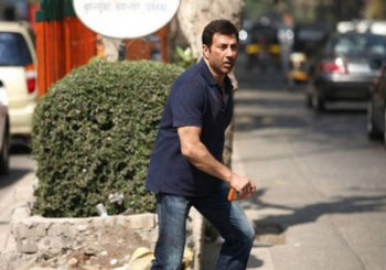 Sunny Deol's 'Ghayal Once Again' does fair business at box office on opening day