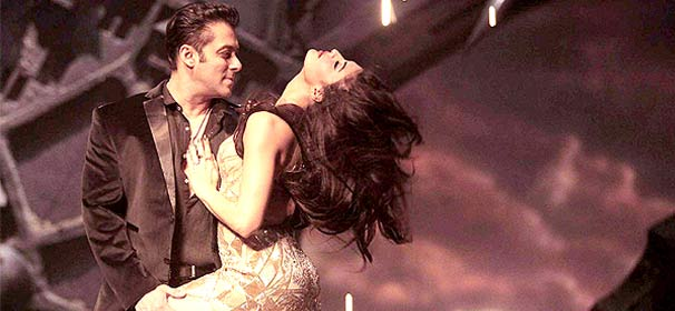 Kick couple Salman-Jacqueline make an unforgettable pair, know why&#63 (see pics)