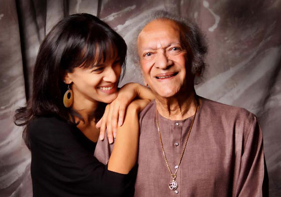 Daughters accept Pandit Ravi Shankar's Lifetime Grammy