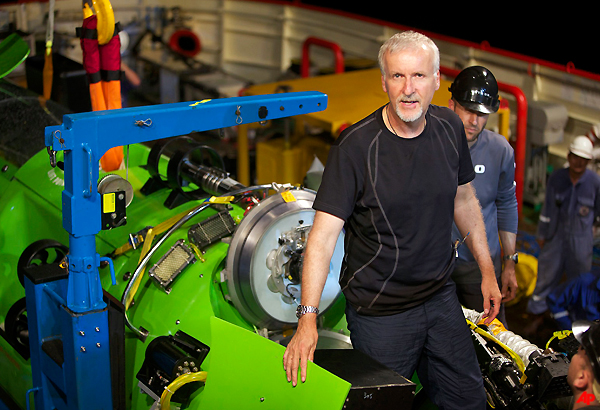 Cameron Completes Journey To Earth's Deepest Point