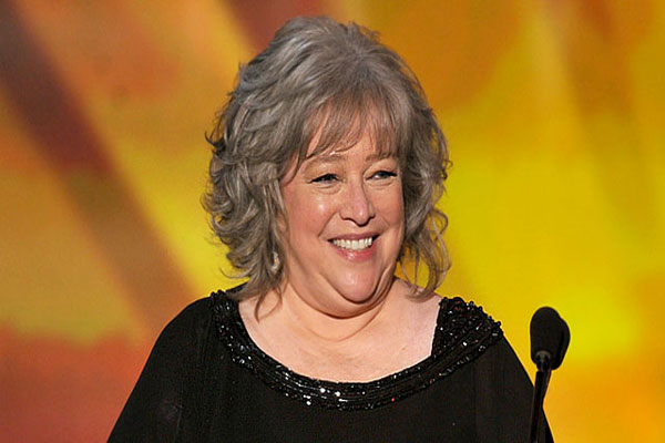 Kathy Bates undergoes mastectomy to remove breast cancer