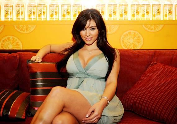 Washington dc kim kardashian has dismissed reports that she s on a