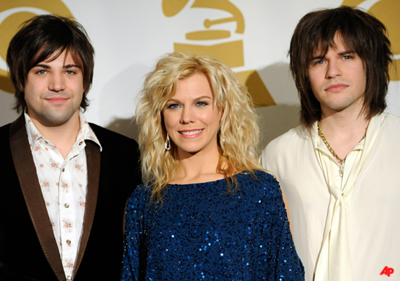 Loss Leads The Band Perry To All-Genre Grammy Nod