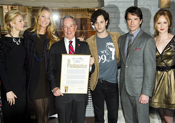 Mayor Bloomberg Proclaims Jan 26 As Gossip Girl Day In New York