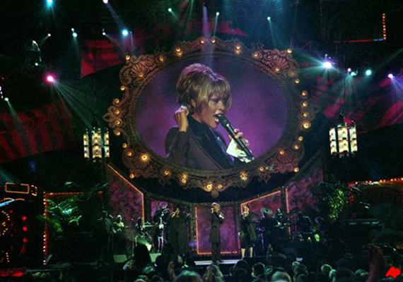 Whitney Houston Fans To Follow Funeral On Internet