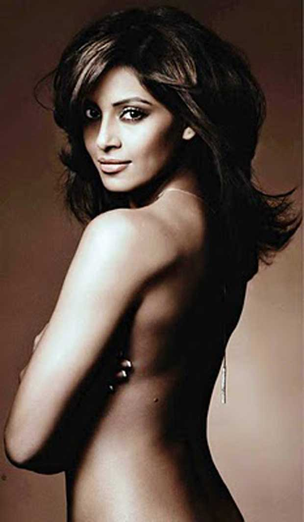 Bipasha basu without clothes photos