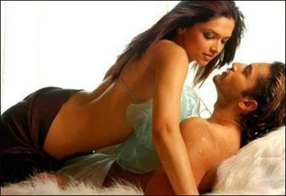Deepika Rejects Rs 7.5 Cr Topless Playboy Offer