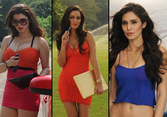 Watch out for the seductive actresses on the sets of 'Grand Masti' (view pics)