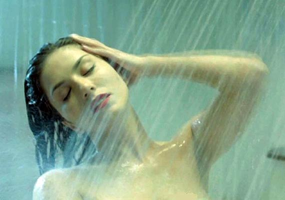 Sunny Leone's nude shot in Ragini MMS 2  decoded (see pics)