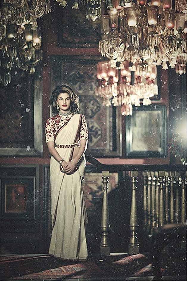 http://images.indiatvnews.com/lifestylelifestyle/2015/1422618779jacqueline-fernandez-royal.jpg