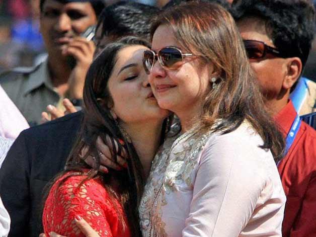 Sachin Tendulkar daughter Sara Tendulkar's private pics ... Sachin Tendulkar Daughter