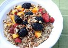 Have oatmeal for breakfast - and shed those extra kilos!