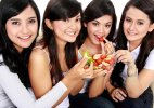 Weight loss tip for teens: Have afternoon protein snacks