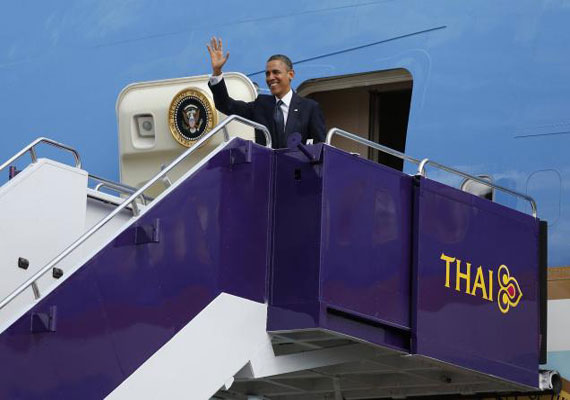 Asia Tour: Obama first pays visit to Thailand