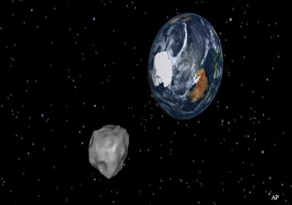Asteroid misses Earth by 27,599 km, the closest known flyby
