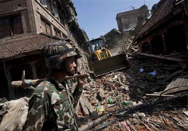 Nepal Earthquake: God-sent or Man-made? | IndiaTV News
