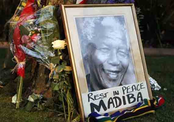 Nelson Mandela Burial Planned For December 15