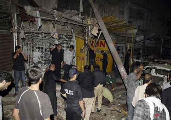 Three killed, 23 injured in Karachi mosque blast