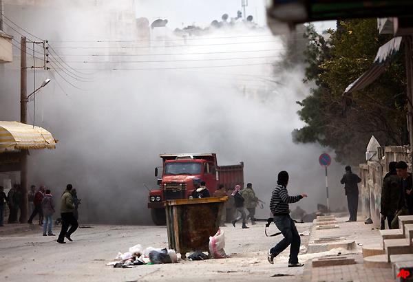 22 Killed Across Syria, Army Bombards Idlib
