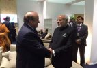 PM Modi meets Nawaz Sharif at CoP 21 in Paris