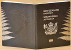 New Zealand to re-introduce 10-year passports