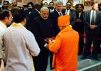 PM Modi arrives in Vancouver; offers prayers at Gurudwara Khalsa Diwan, Laxmi Narayan Temple