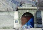 7 Pakistani security men among 10 held for jailbreak