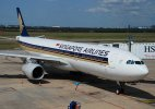 Singapore Airlines flight fails mid-air, descends by 13,000 ft before restoring power