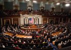 US House passes bill to lift oil export ban, veto looming