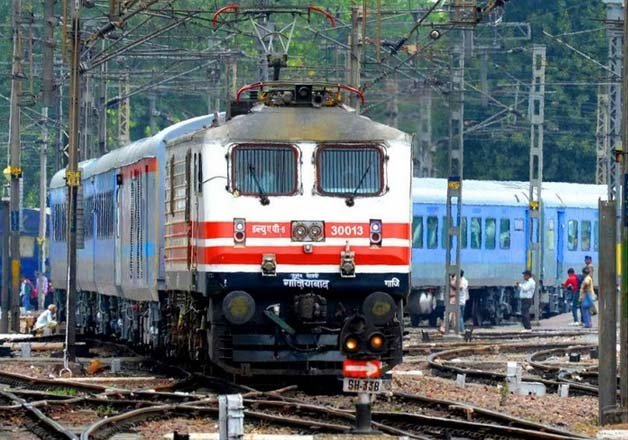 Top 10 Fastest Trains In India Indiatv News India News