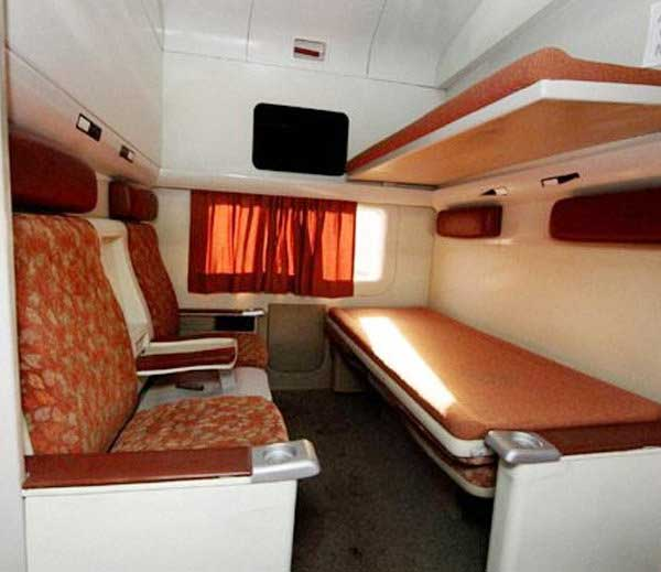 Pics Of Indian Railway New Coaches