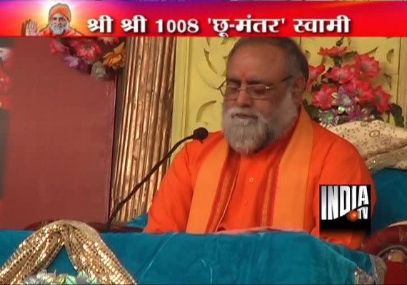 Ayurveda doc turned billionaire godman Kumar Swami challenged by devotee for fake mantra