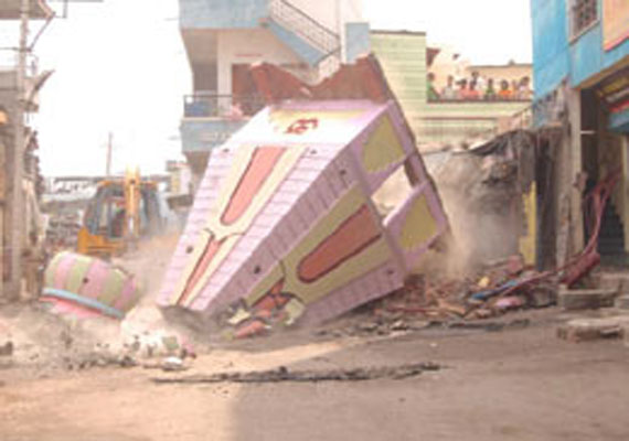 BJP leaders meet Pak envoy, protest Karachi Hindu temple demolition
