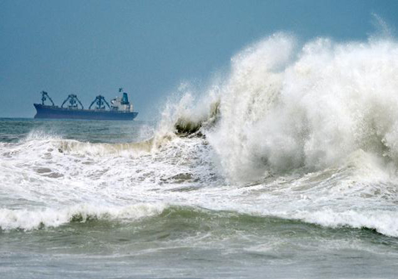 Cyclone Phailin the strongest India has ever seen, tweets Eric Holthaus