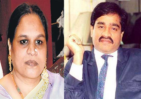 Dawood Ibrahim watches his sister Haseena Parkar's last rites on Skype