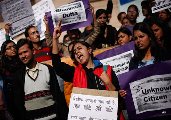 Delhi gang rape victim's family demands death for juvenile accused