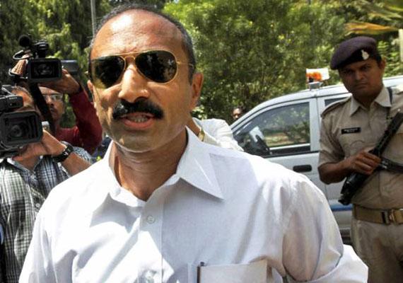 Gujarat court frames murder charges against Modi baiter Sanjiv Bhatt