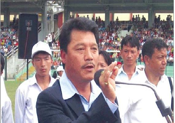 Gurung hits back at Mamata on deadline, threatens janta curfew