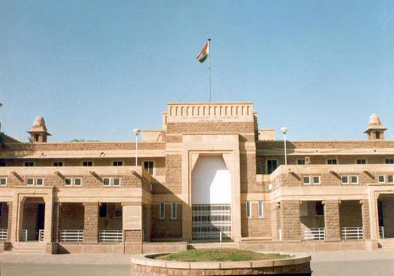 HC issues criminal contempt notice to Bar President, Secretary