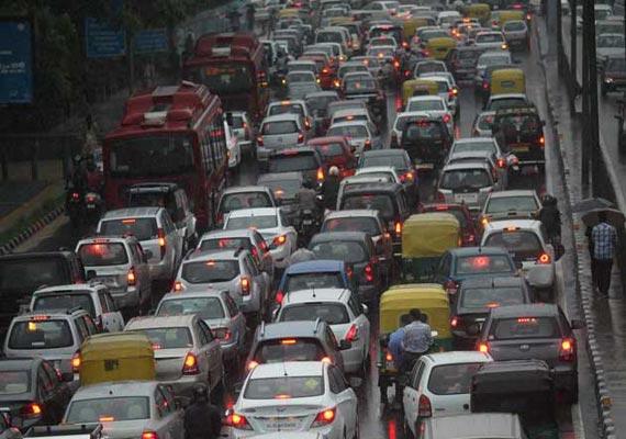 Heavy rains in Delhi, traffic snarls in several parts of city